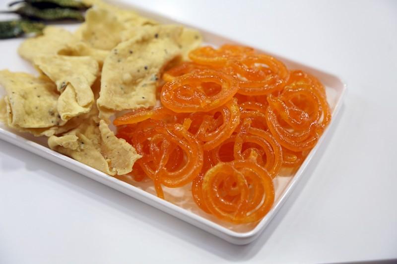 Jalebi Fafda (Namkeen Snack)